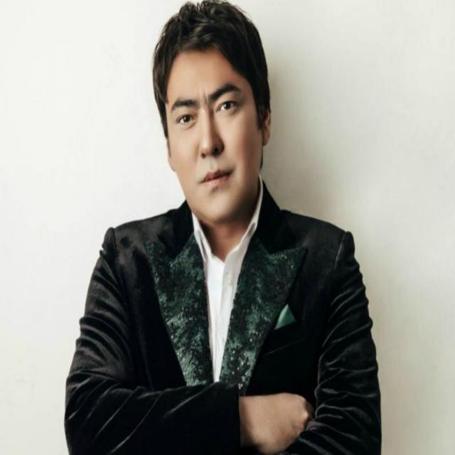 Мейрамбек Бесбаев - Омир